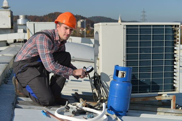 Fixing rooftop air conditioner